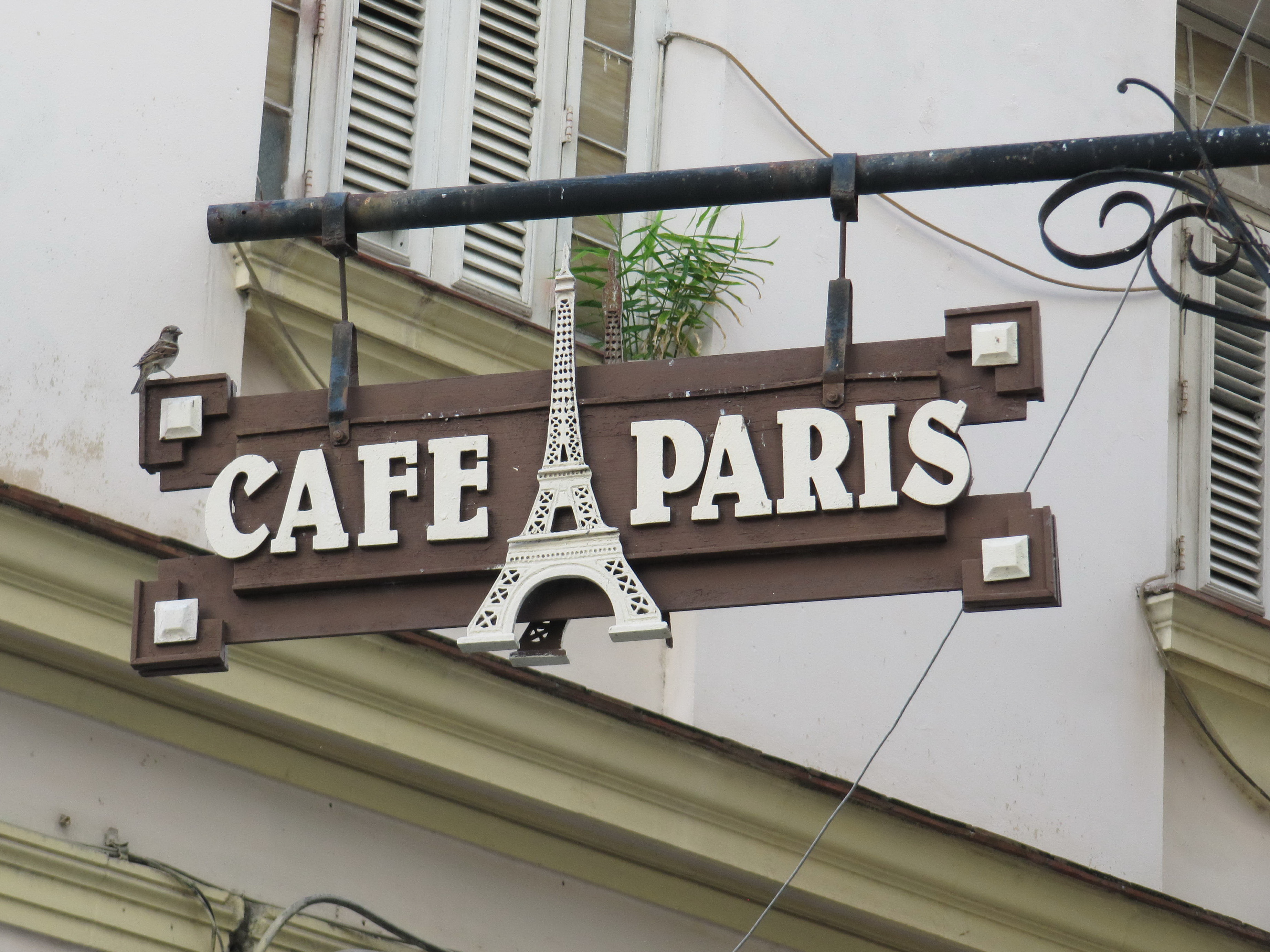 Cafe paris 3