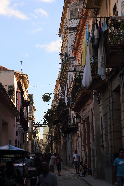 Gader i Havana første dag.